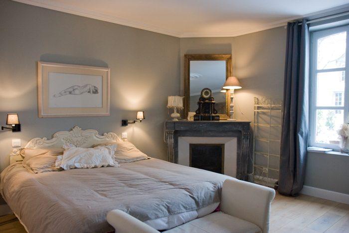 Decoraci n de habitaciones cl sicas for Cuarto azul con gris