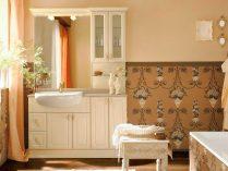 Papel pintado para un baño clásico :: Imágenes y fotos